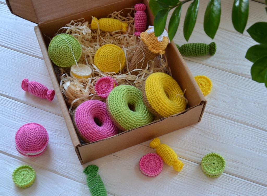 Набор сладостей в коробке